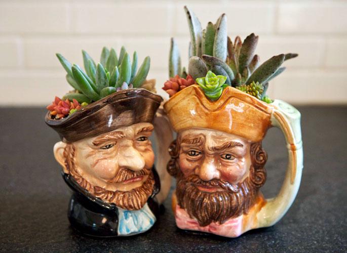 pirate-mug-planters