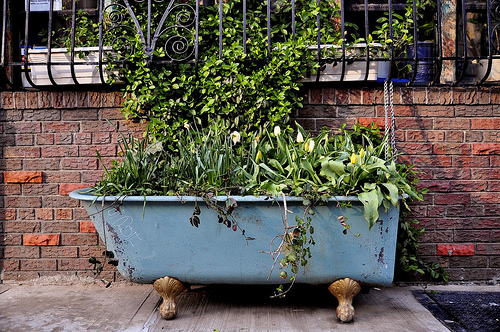 recycled-planters-072